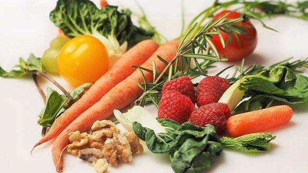 Tips Menyimpan Buah dan Sayur Supaya Tahan Lama